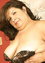 Fat mom in black stockings