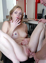 Mature mom fucked hard by stranger