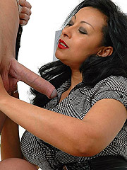 Sultry ebony handjob